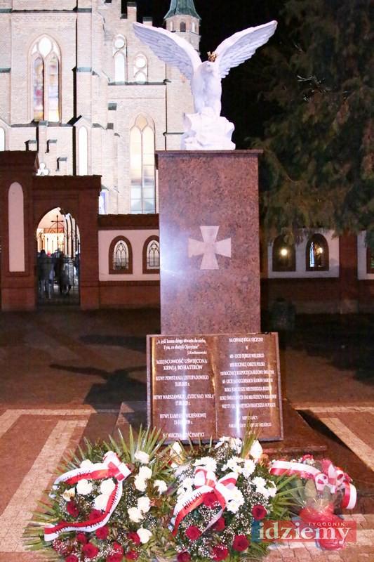 Poświęcenie pomnika w Dębem Wielkim - 27 listopada 2016