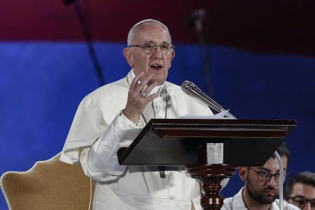 Franciszek spotkał się w Rzymie z młodymi Włochami